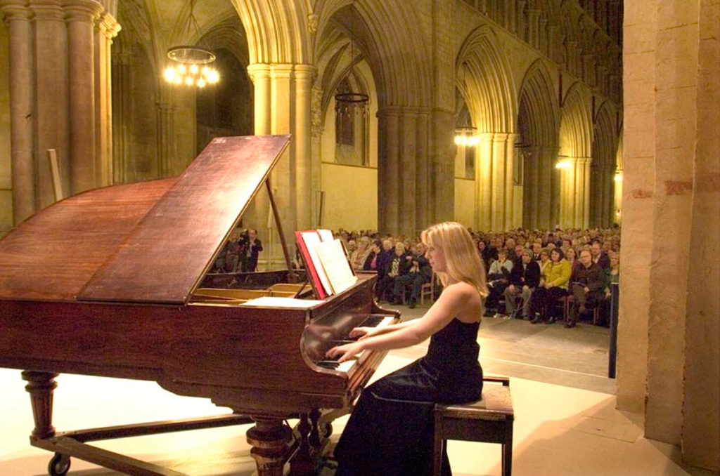 Kingston Chamber Concerts - Matthew Jones and Annabel Thwaite